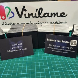 Tarjetas de visita 400gr, doble cara, laminado mate 👌  #vinilame #tarjetasdevisita #tarjetaspersonalizadas