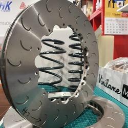 Discos de freno 330mm 2 piezas para kit AP Racing 🔝  #vinilamemotorsport #vinilame #discbrakes #bespoke #apracing #apracingbrakes